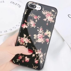 Accessories - NEW iPhone X/XS/7+/8+/6/6+ Glossy Floral Case
